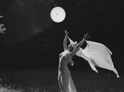 The Pisces Full Moon is asking you to swan-dive into your