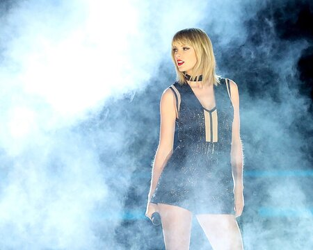 """76416e0b42a75b Watch Taylor Swift s head-to-toe zombie transformation for her """"Look What You  Made Me Do"""" video"""