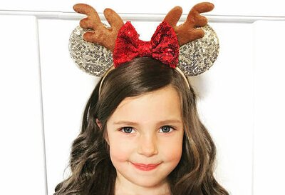 Christmas Minnie Mouse Head.8 Pairs Of Christmas Minnie Mouse Ears That You Need For The