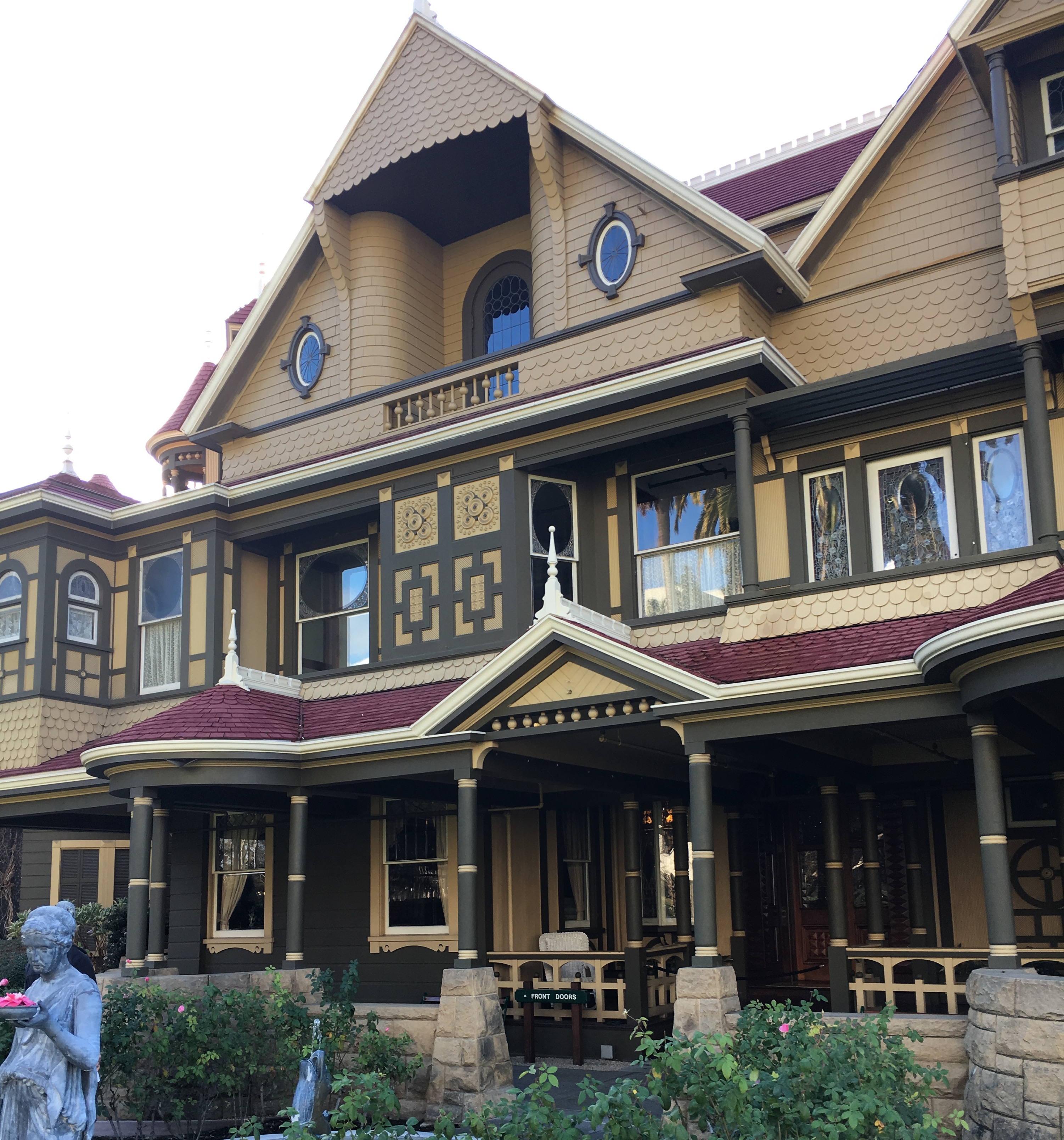 The front of the Winchester Mystery House in San Jose, California.