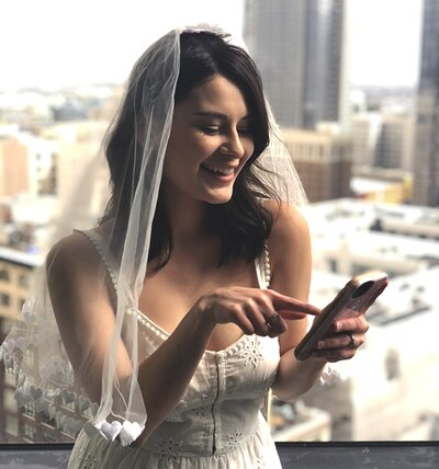 Beauty Apps To Use For Your Wedding Hair And Makeup