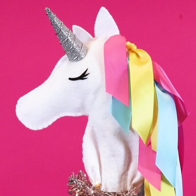 This Unicorn Christmas Tree Topper Is The Diy Magic Your Holiday Decor Needs Year