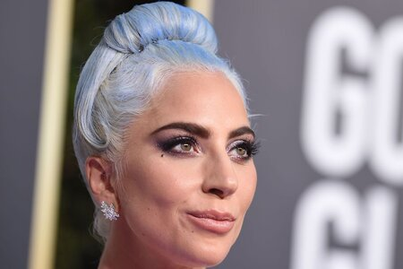 Lady Gaga matched her Cinderella blue dress to her hair at the 2019 Golden Globes