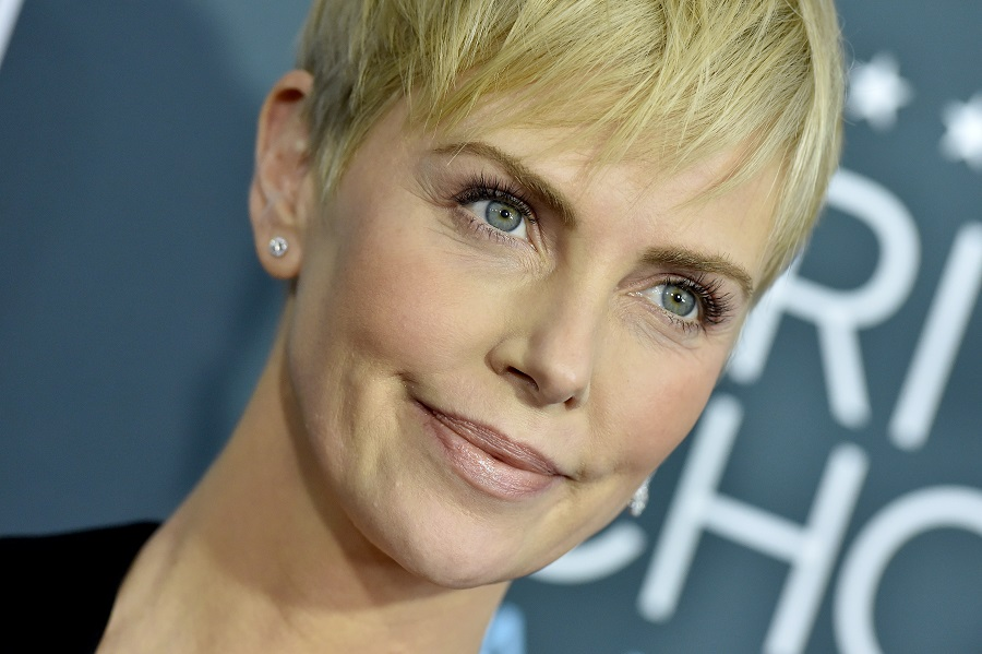 Charlize Theron shared her worst date story, and she couldn't get through it without cracking up