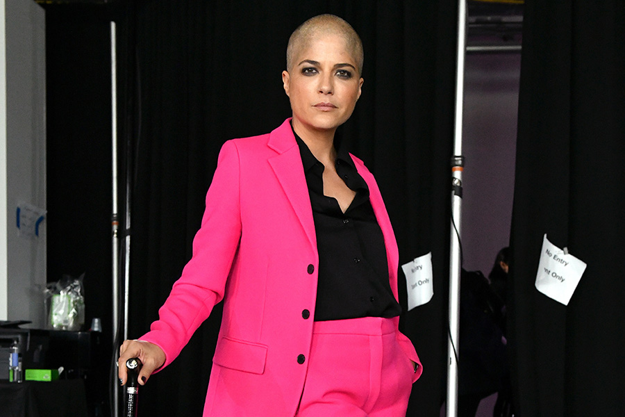 Selma Blair credits this book for helping her find hope while battling multiple sclerosis