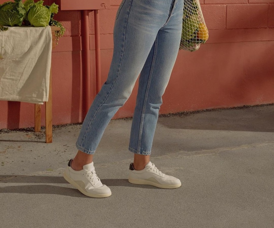 Everlane's new sustainable The Court sneakers are the perfect shoes for spring