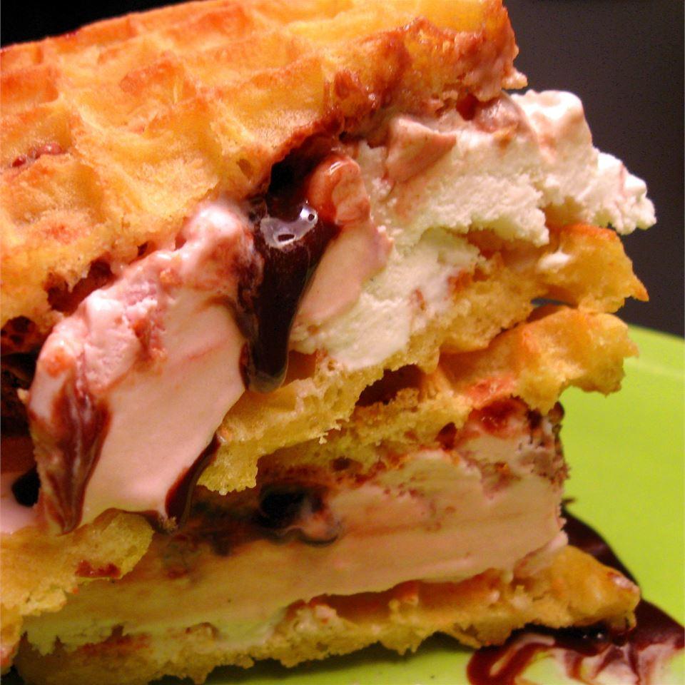 Jersey Shore Ice Cream Sandwiches