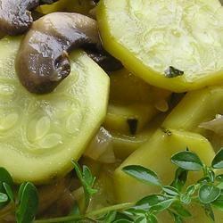 MeMa Rie's Zippy Zucchini gapch1026