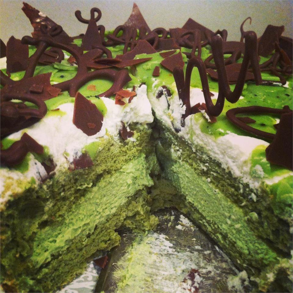 Matcha-Mascarpone Layer Cake