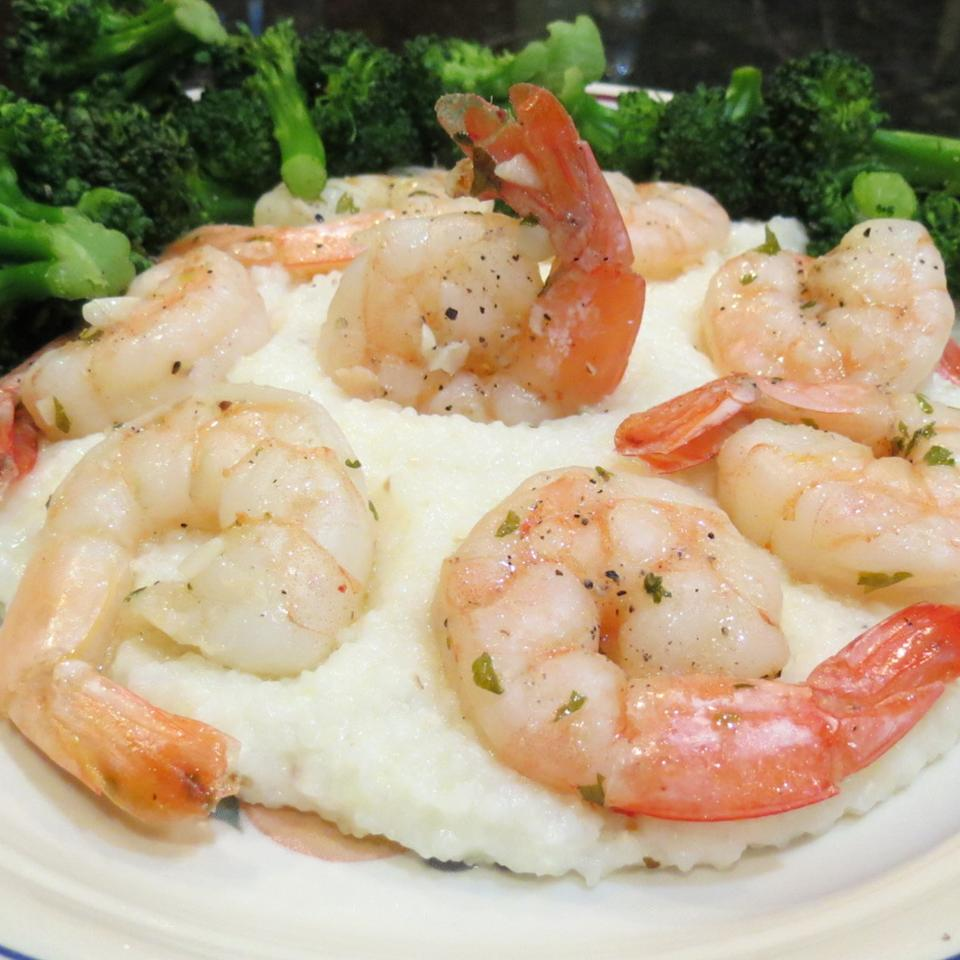 Lemon-Garlic Shrimp and Grits