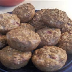 Strawberry Cinnamon Oatmeal Muffins steph
