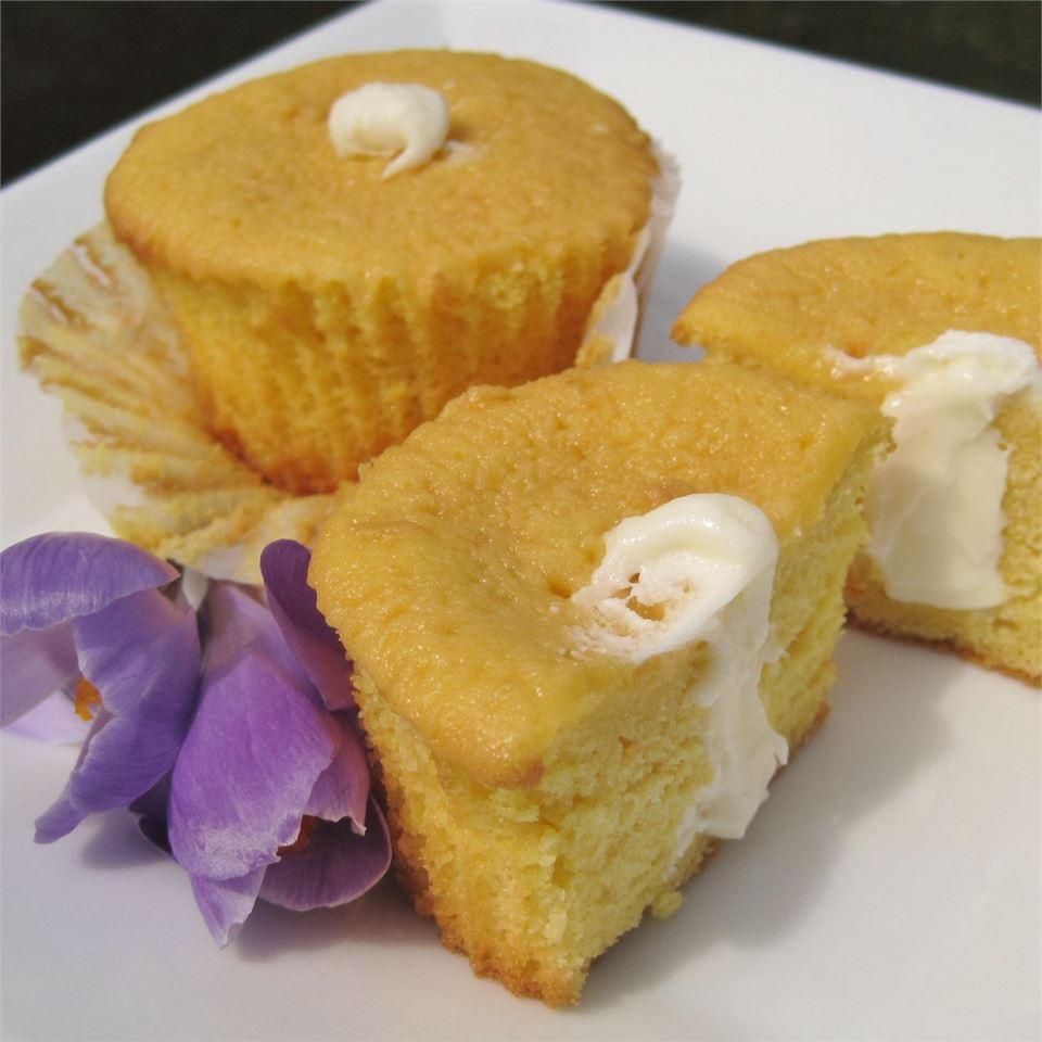 Homemade Twinkies® LYNNINMA