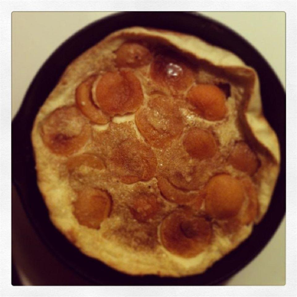 Skillet Strawberry Pancake