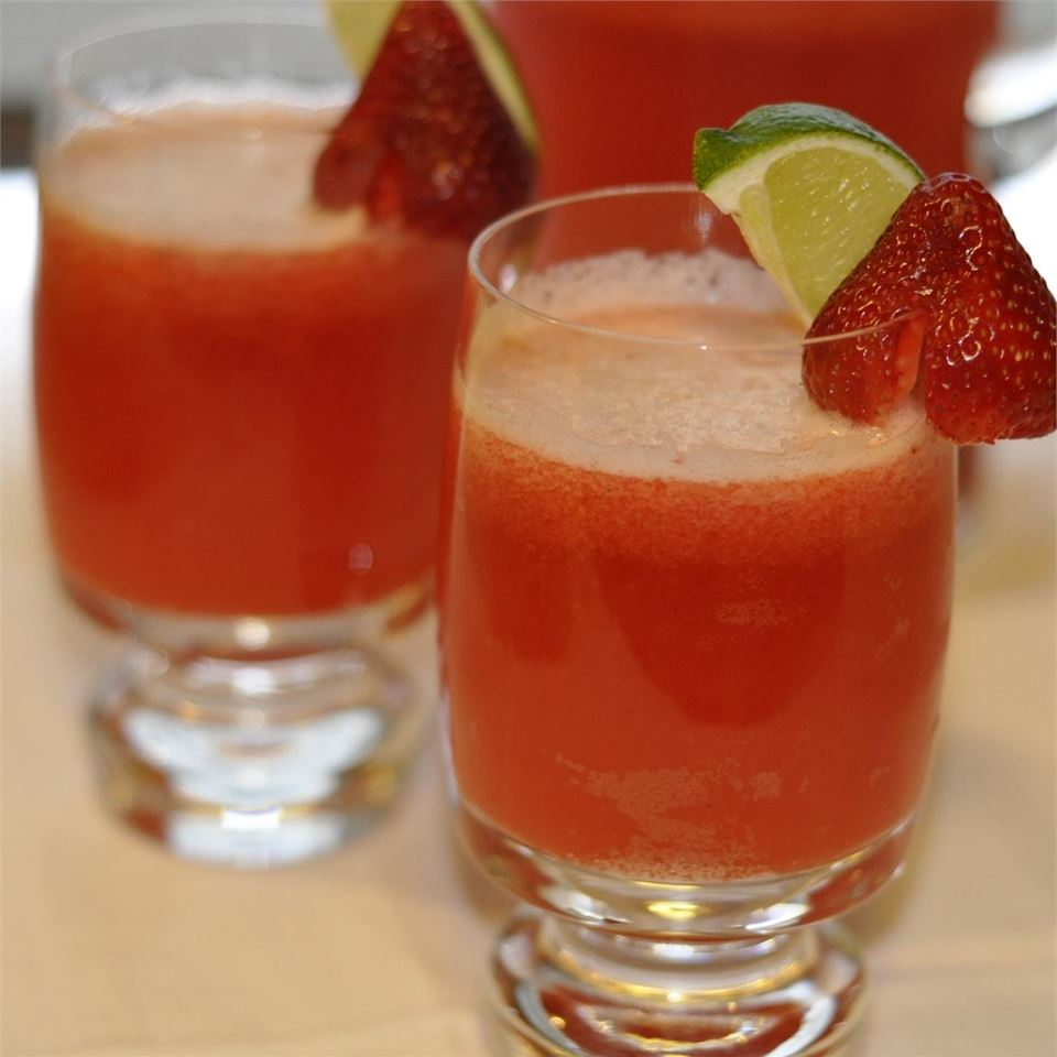 Strawberry Beer Margaritas Cookin Up A Storm