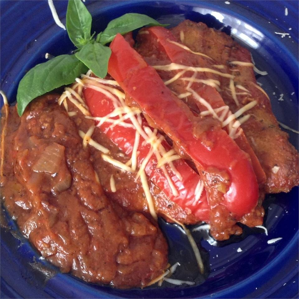 Veal Scallopini in a Sweet Red Pepper Sauce BigShotsMom
