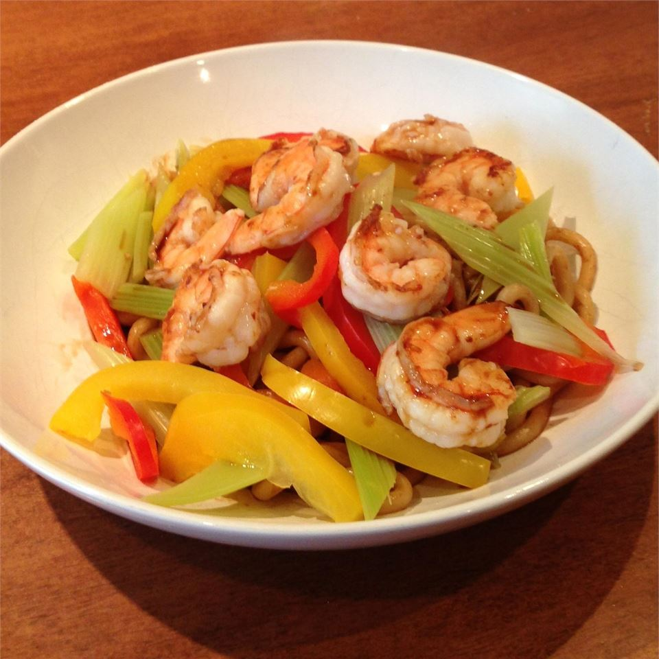 Prawns and Vegetables Over Pan-Fried Udon Noodles prochef@home