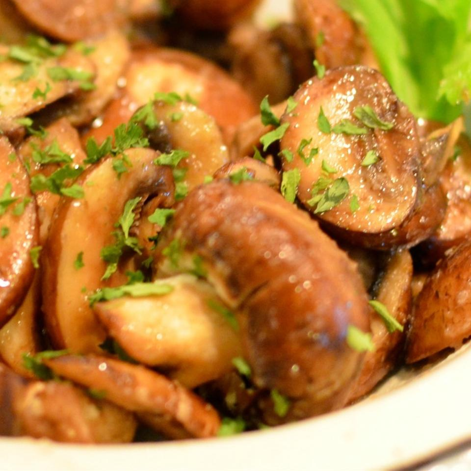 Sauteed Mushrooms (Quick and Simple) Lela
