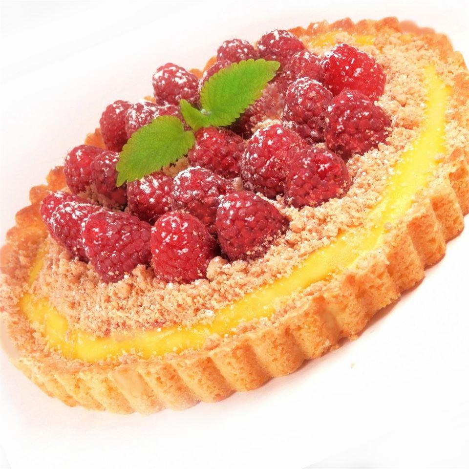 Raspberry Streusel Tart Nanby