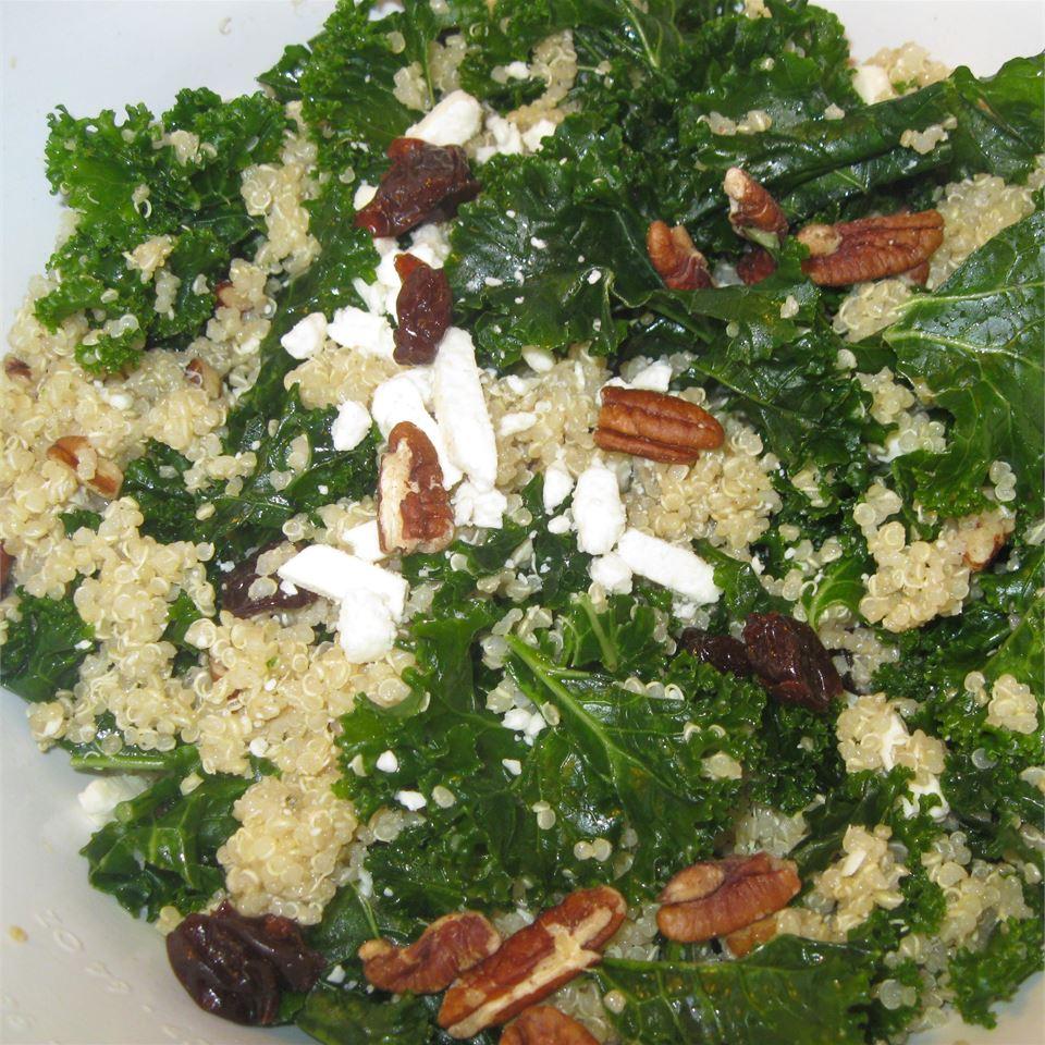 Kale and Quinoa Salad emilieb1