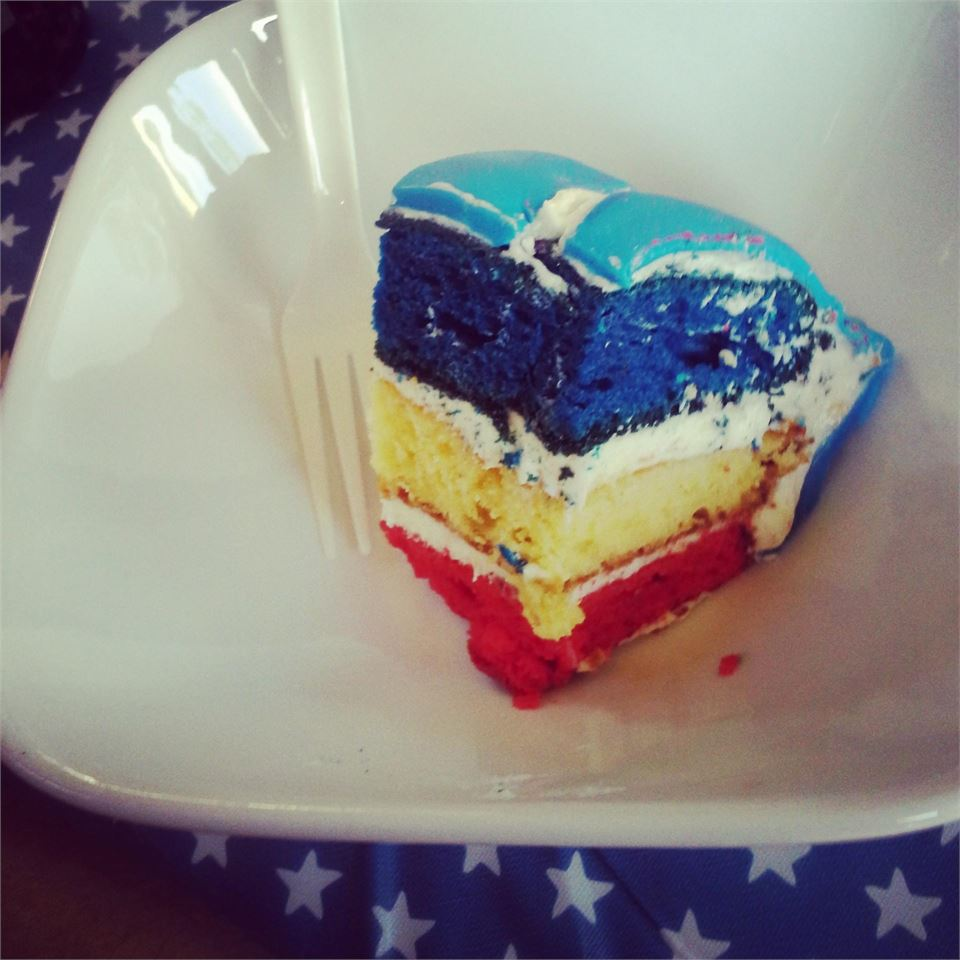 Surprise Inside Independence Cake MadelineRad