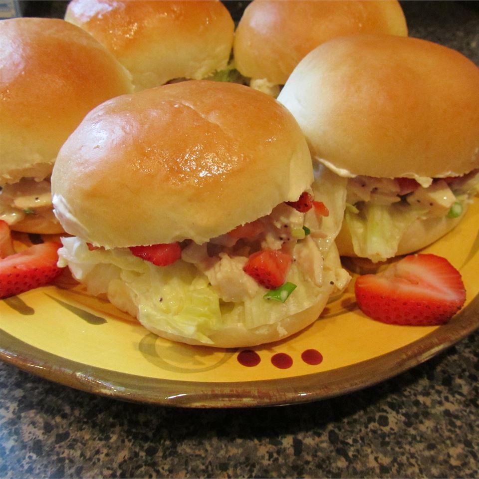 The Girls' Chicken Sandwiches duboo