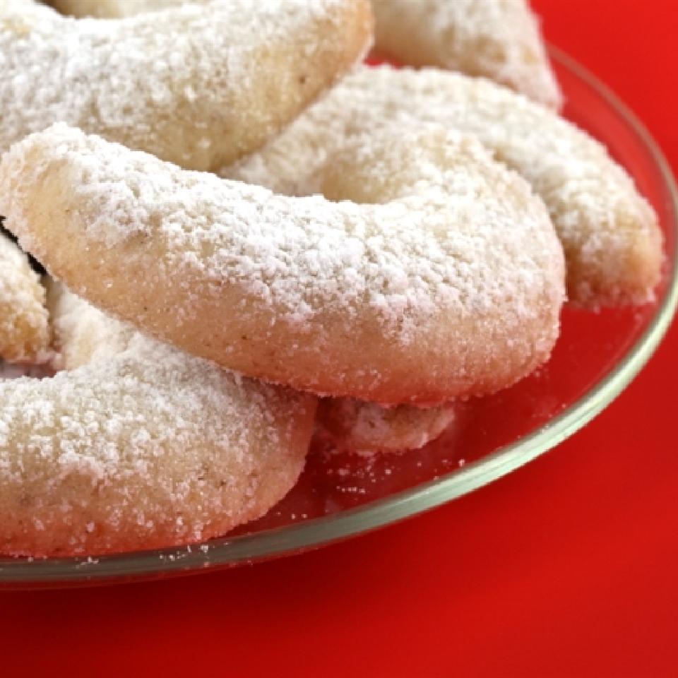 Crescent Cake Cookies Karisma