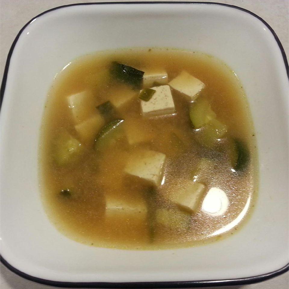 Quick and Simple Korean Doenjang Chigae (Bean Paste/Tofu Soup)