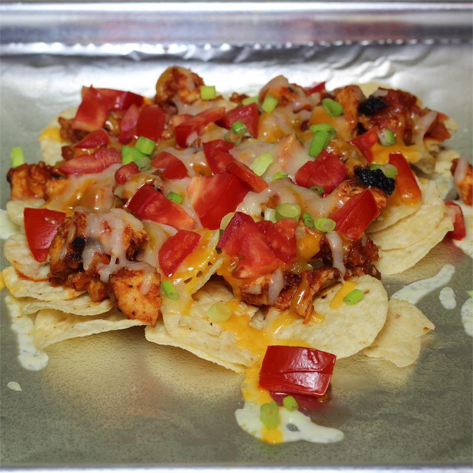 Restaurant Style Chicken Nachos Paula