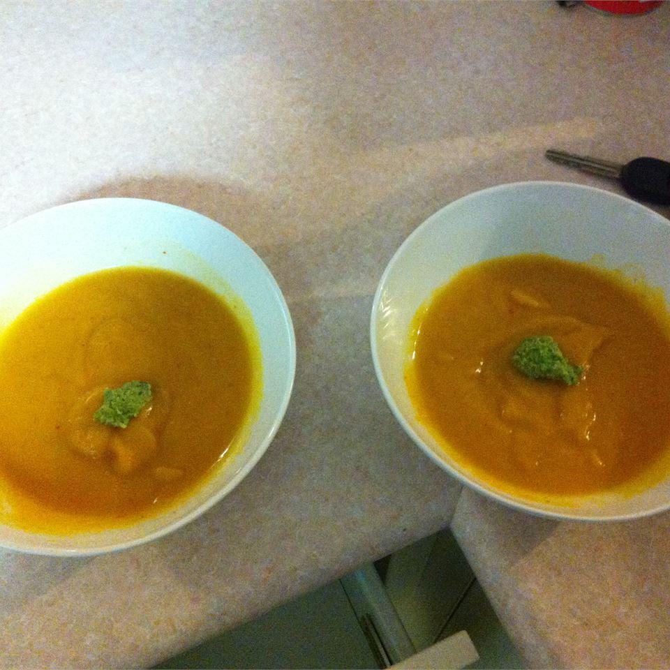 Nina's Thai Coconut-Pumpkin Soup