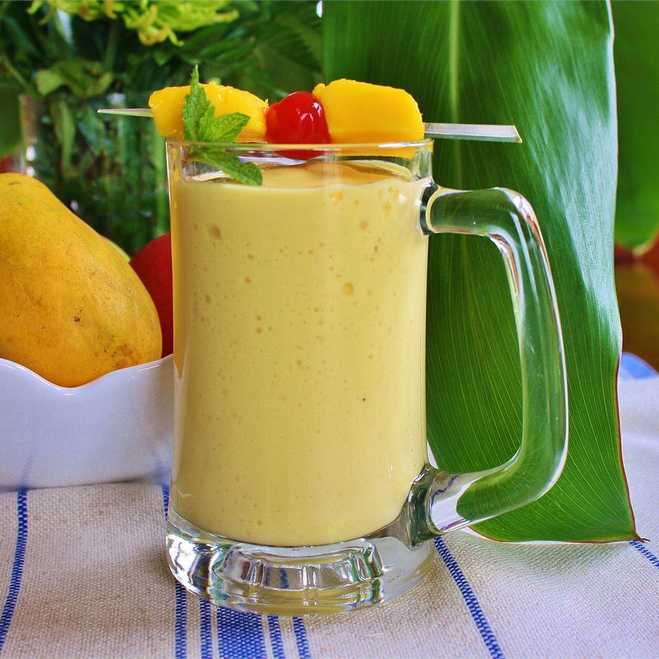 Easy Mango Banana Smoothie naples34102