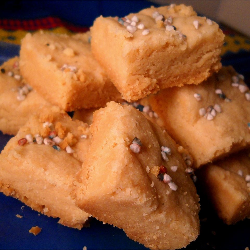 Simple Shortbread Squares Linda T