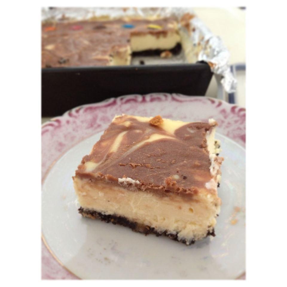 PHILADELPHIA Chocolate-Vanilla Swirl Cheesecake JoNut