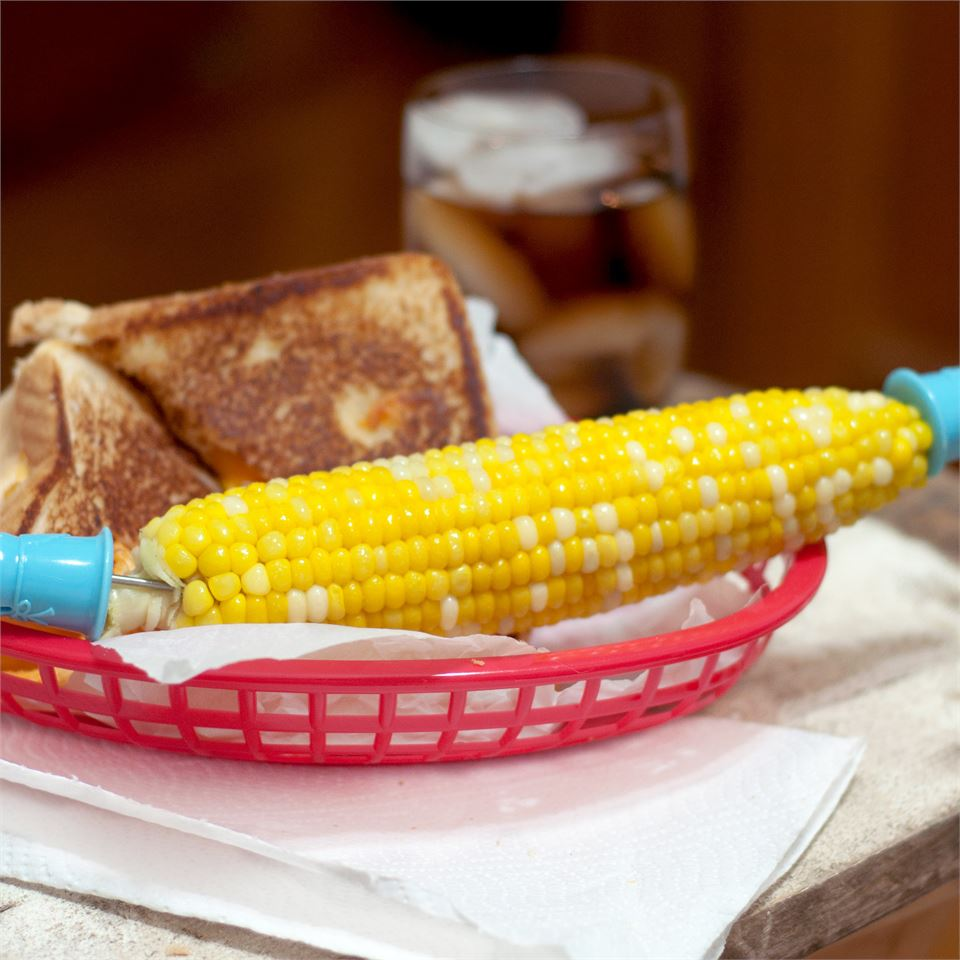 Microwave Corn on the Cob magicallydelicious