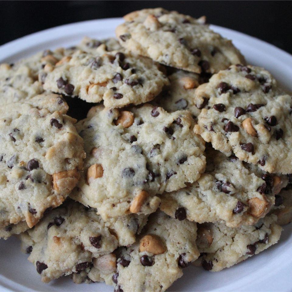 Julia's Best Ever Chocolate Chip Cookies In A Jar