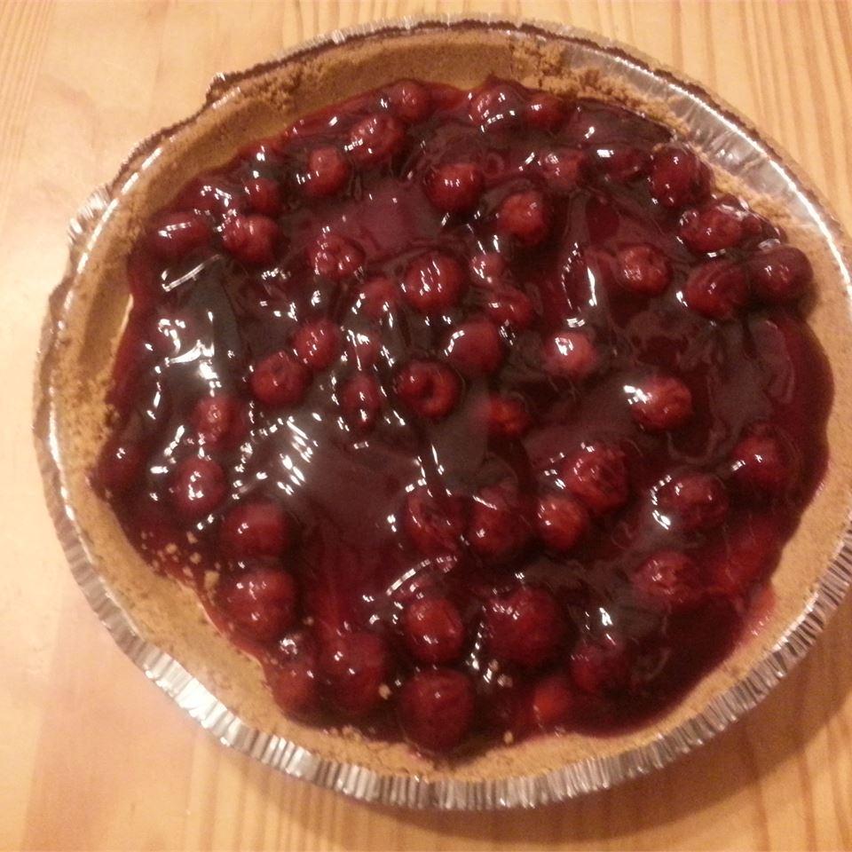 Red, White, and Blueberry Cheesecake Pie jasmine