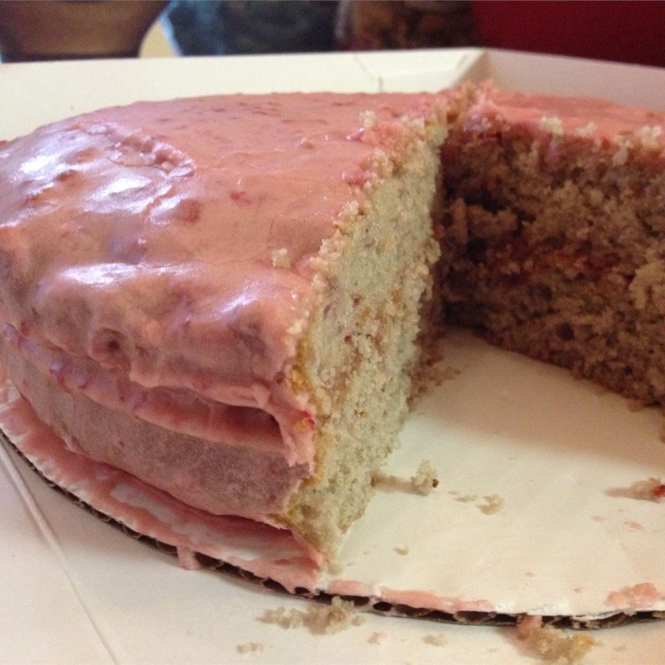 Aunt Kate's Strawberry Cake