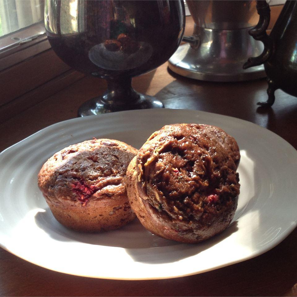Zucchini Raspberry Cupcakes diva7
