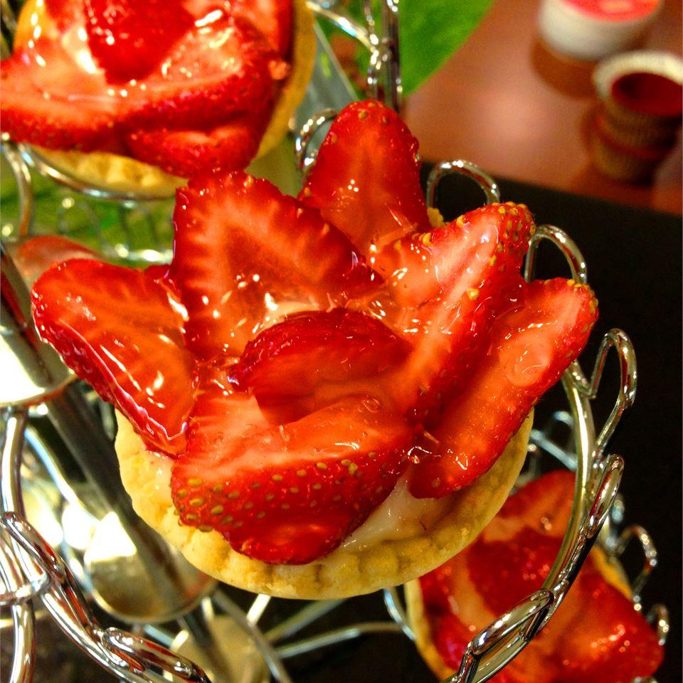 Strawberry Kiwi Tartlets