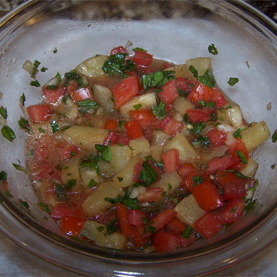 Salmon with Pineapple Tomato Salsa ter623