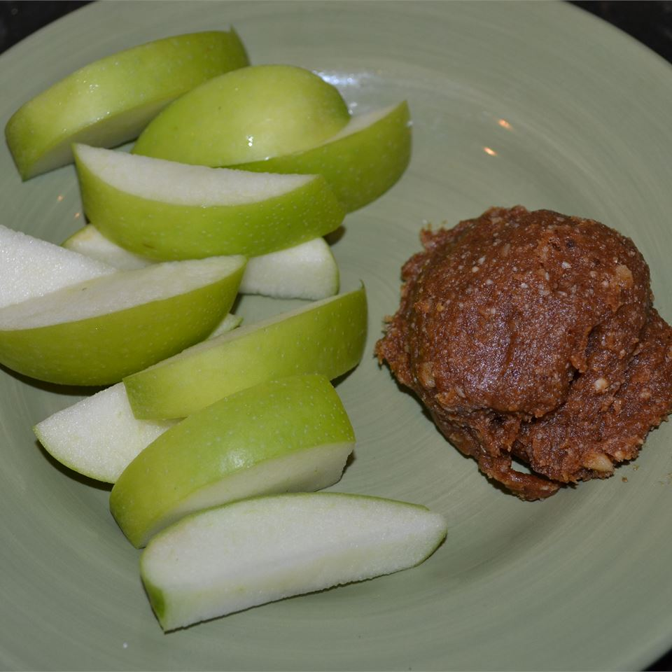 Raw Date and Ginger Nut Butter