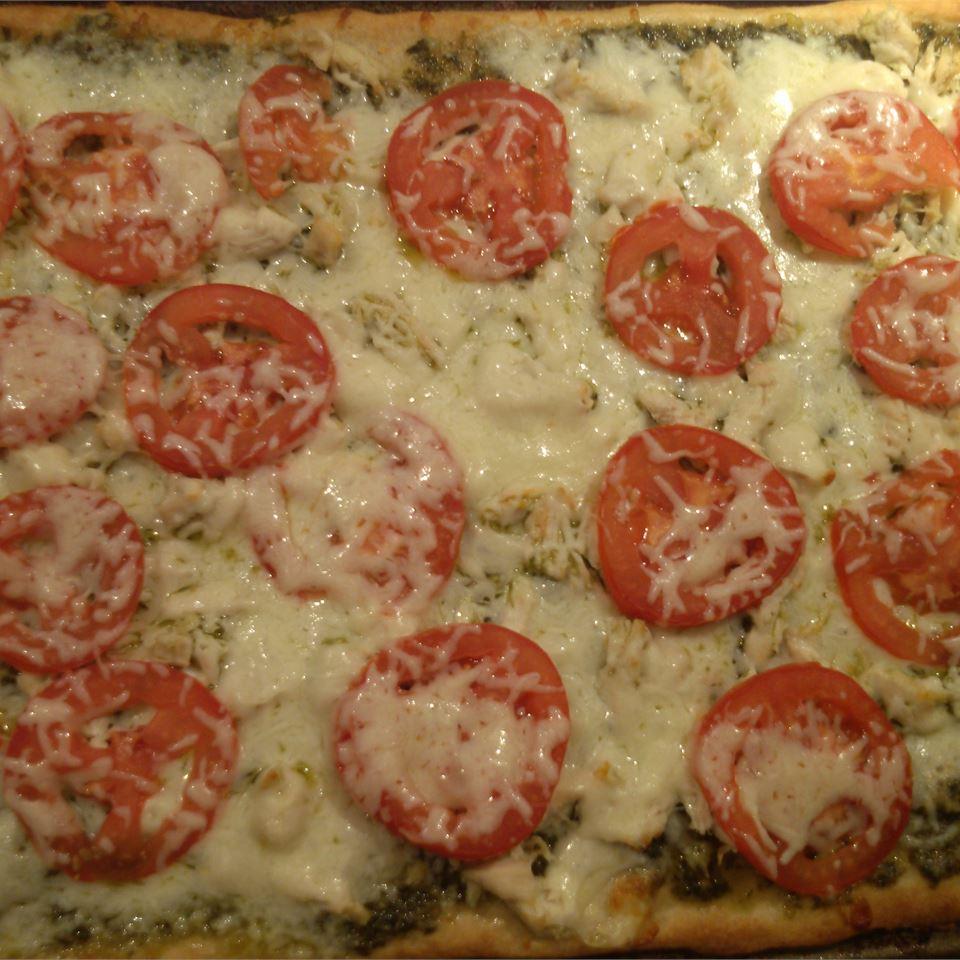 Chicken Pesto Pizza from Pillsbury® Artisan Pizza Crust skater734