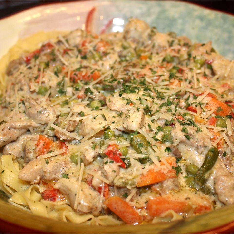 Chicken 'N Pasta Primavera Janet Henderson