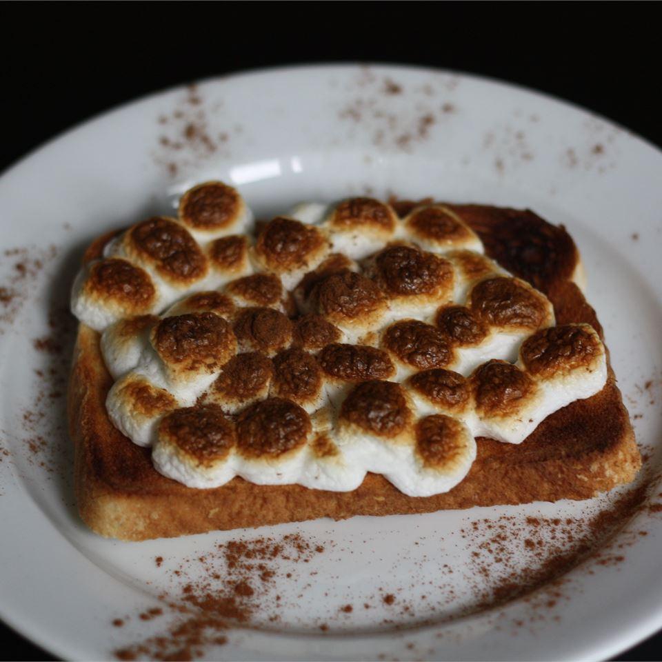Marshmallow Toast sanzoe