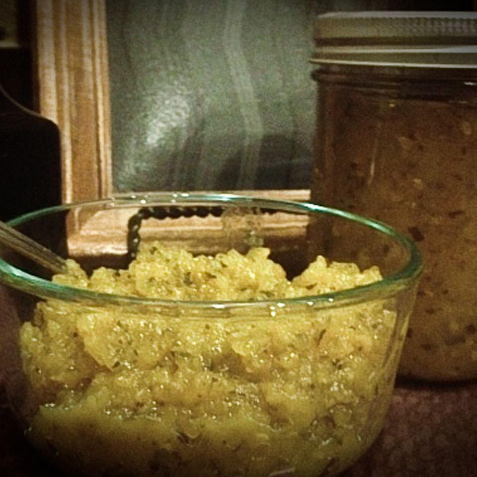 Homemade Sweet Zucchini Relish TraurigsinTraining.com