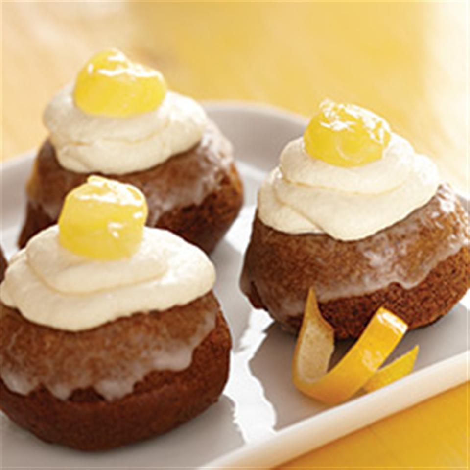 Lemon Gingerbread Mini Cakes