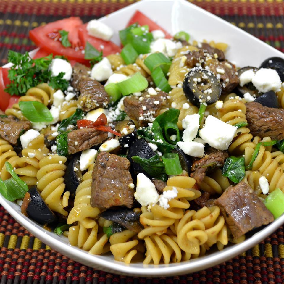 Quick Greek Pasta Salad with Steak *Sherri*