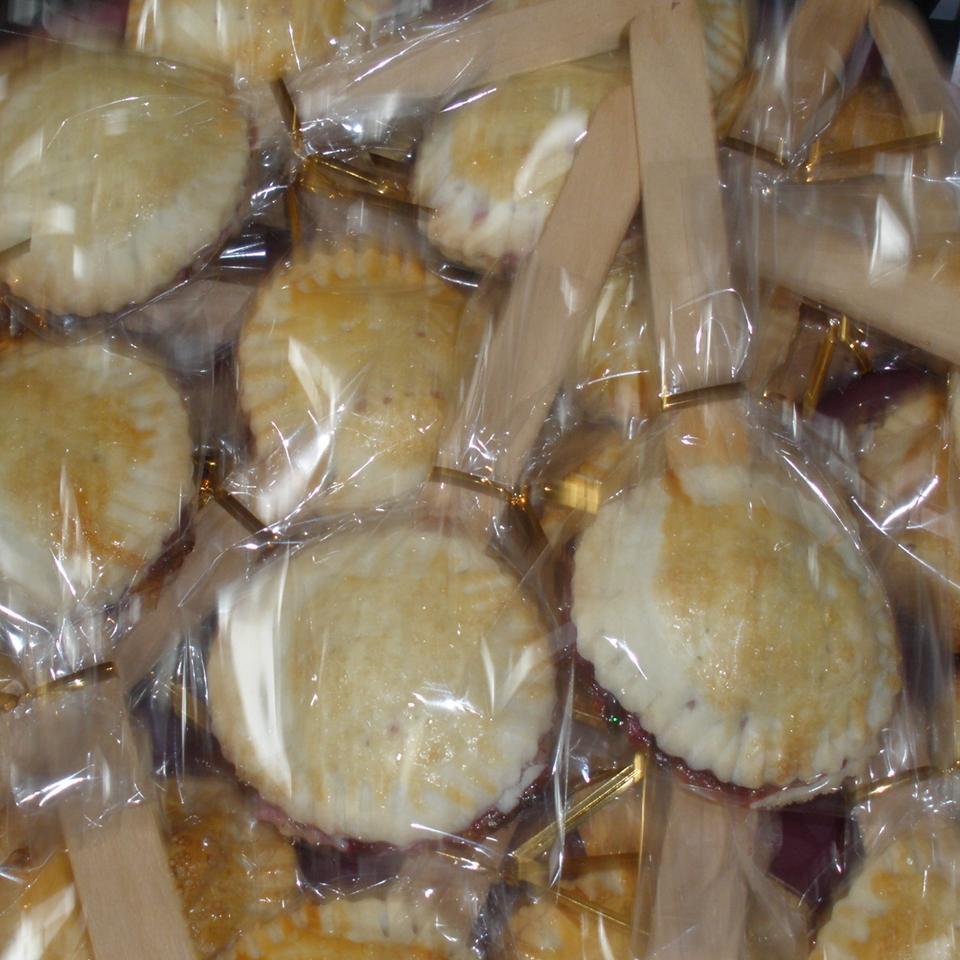 Blueberry Pie Pops jennalenna