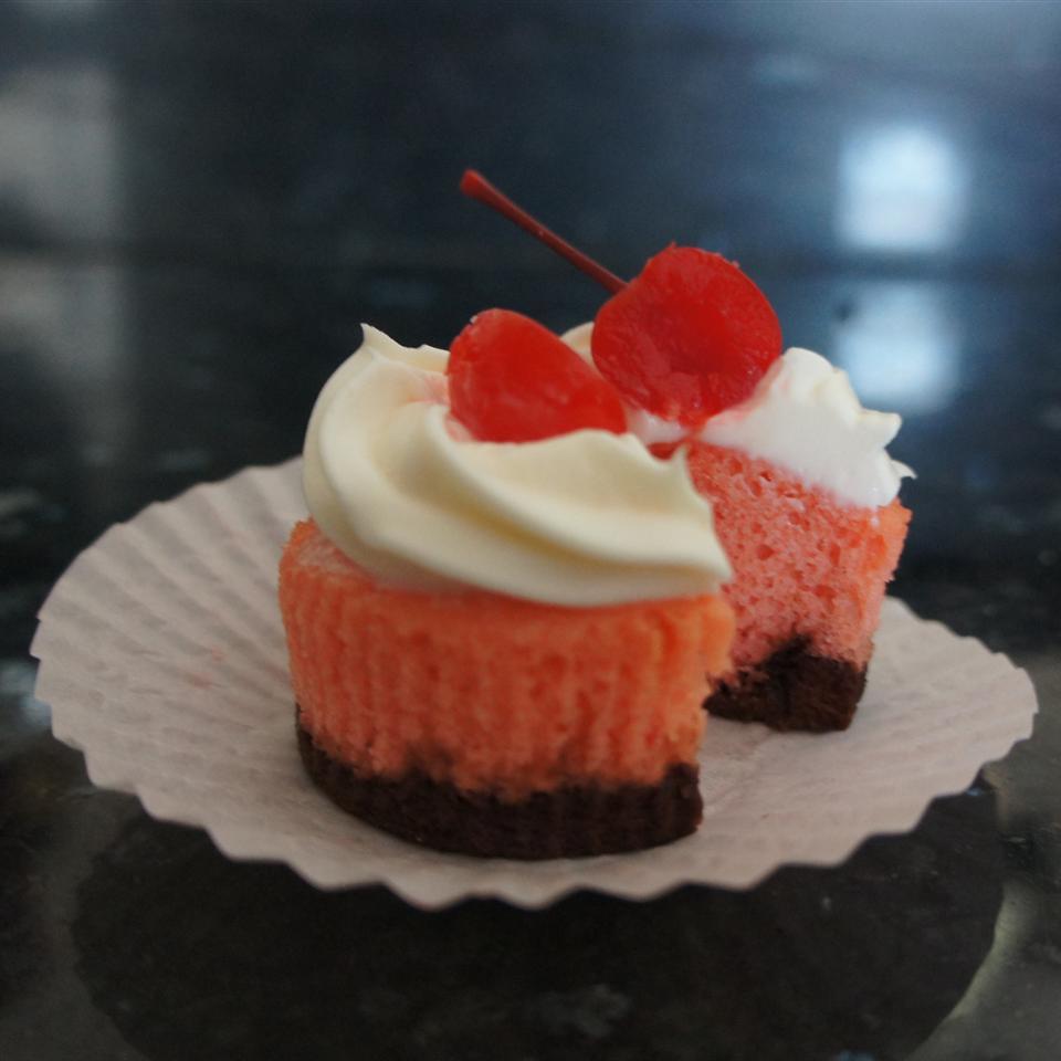 Neapolitan Cupcakes AlyssaJS7