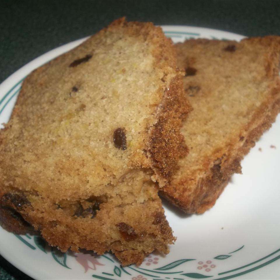 Zucchini Bread with Cinnamon Sugar Topping