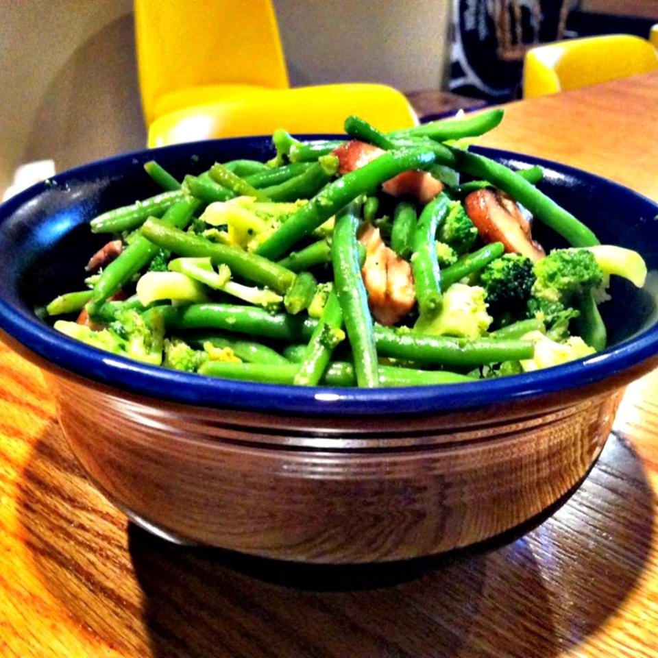 Quick Cajun Vegetables lovestohost